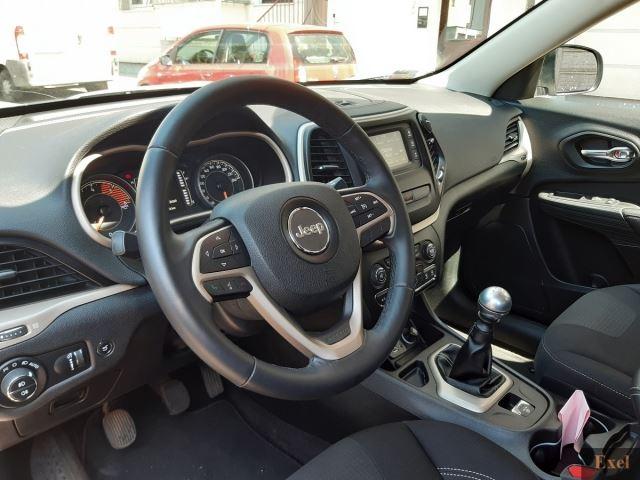 Wynajmij Jeep Cherokee | Wypożyczalnia samochodów Exel | - zdjęcie nr 4