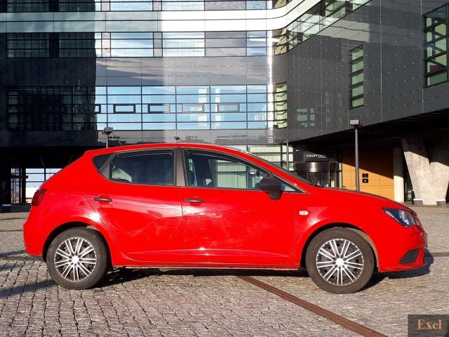 Wynajmij Seata Ibizę | Wypożyczalnia Samochodów Exel | - zdjęcie nr 2