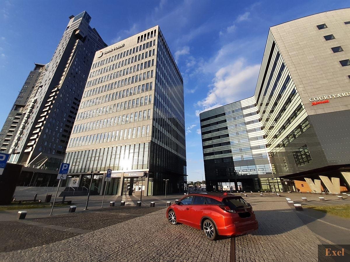 Podstawienie i odbiór auta wypożyczalnia samochodów Exel