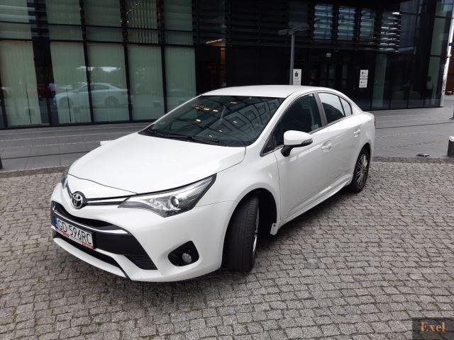 Wynajmij Toyotę Avensis | Wypożyczalnia Samochodów Exel |  - zdjęcie nr 1