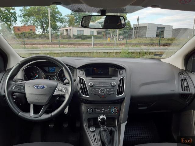 Wynajmij Forda Focusa (kombi)   Wypożyczalnia Samochodów Exel    - zdjęcie nr 4