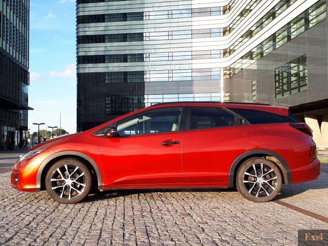Wynajmij Hondę Civic (kombi z GPS) | Wypożyczalnia Samochodów Exel |   - zdjęcie nr 2