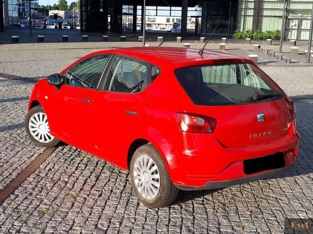 Wynajmij Seata Ibizę | Wypożyczalnia Samochodów Exel | - zdjęcie nr 3